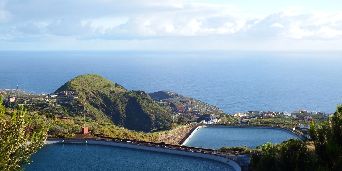 View of a mountain and the sea in Gran Canaria, Spain
