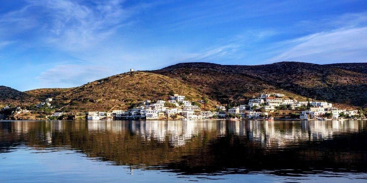 Le port de Katapola à Amorgos