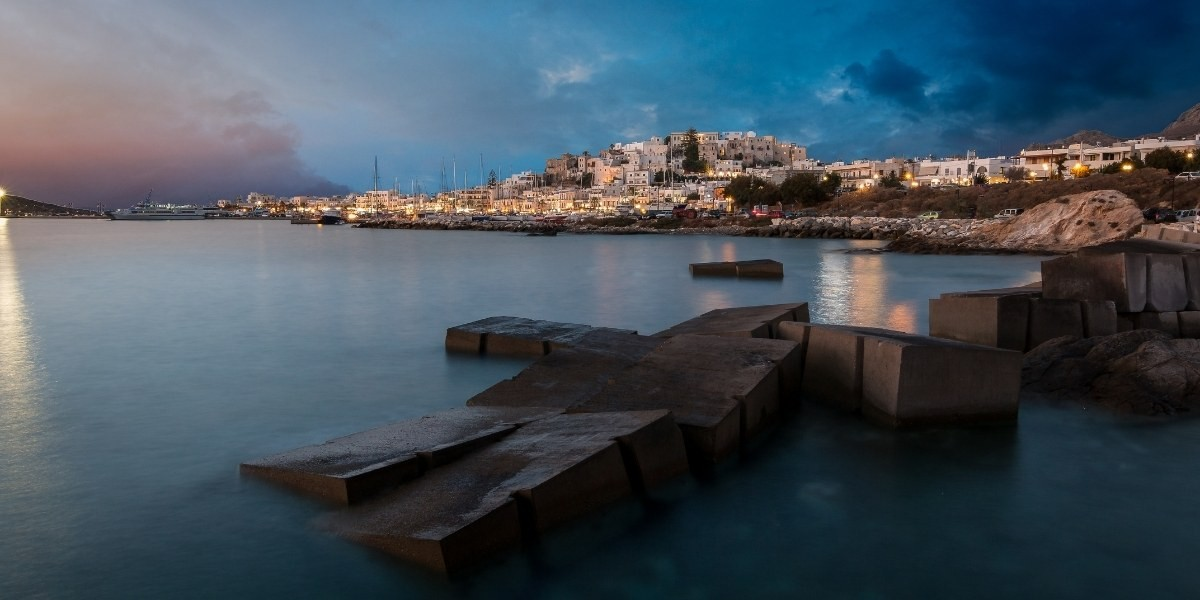 The port of Naxos in the evening
