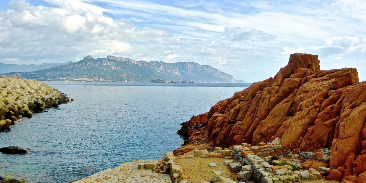 Sea and rocks in Arbatax, Sardinia, all ferry routes and cheap ferry tickets from Rome (Civitavecchia)
