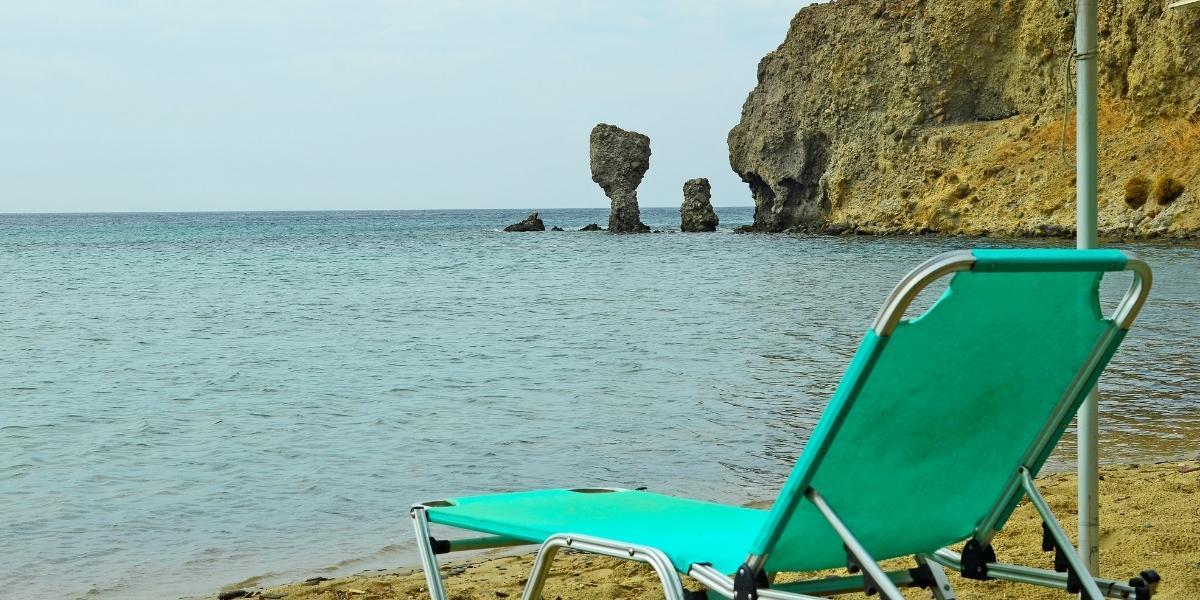 Гледка от плажа на Лимнос