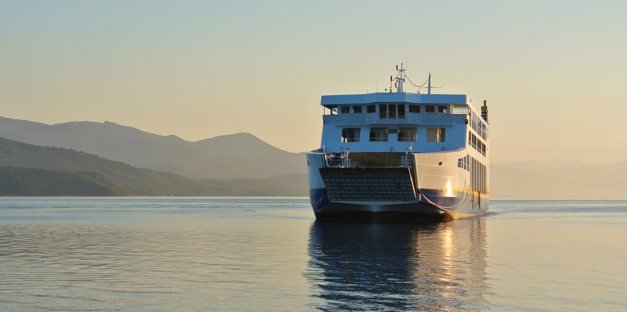 How to get from Amorgos to Folegandros by ferry.