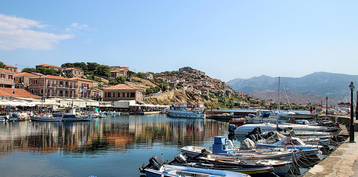 the port of Mytilene, ferries and boats, tourist shops, tourists