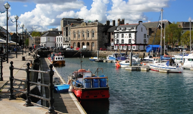 Plymouth harbour, boats, houses - Ferry routes to Spain, ferry tickets