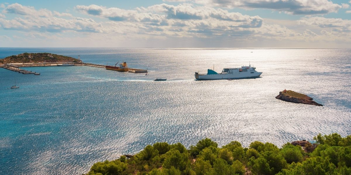Latest updates on COVID-19 and ferry travel in the Balearic Islands
