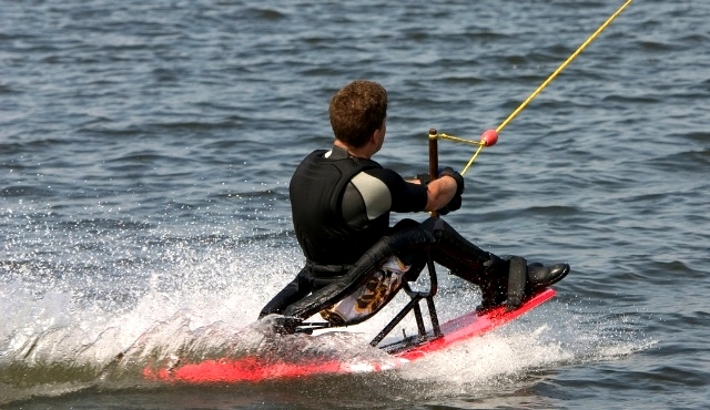 Accessible waterskiing for people with disabilities