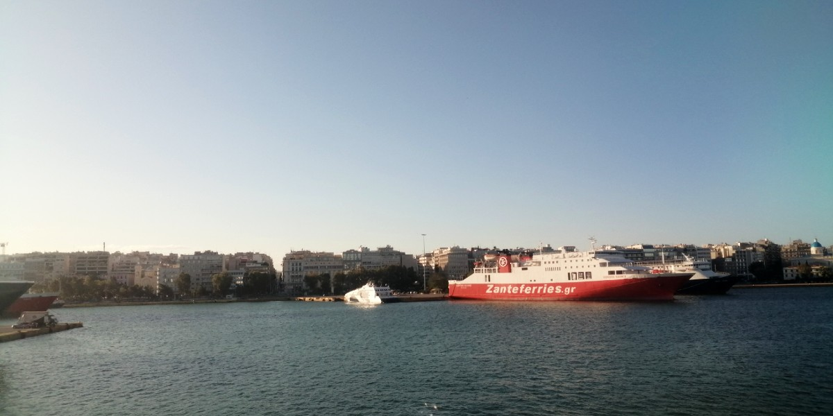 Get a 25% discount on ferry tickets to Cyclades