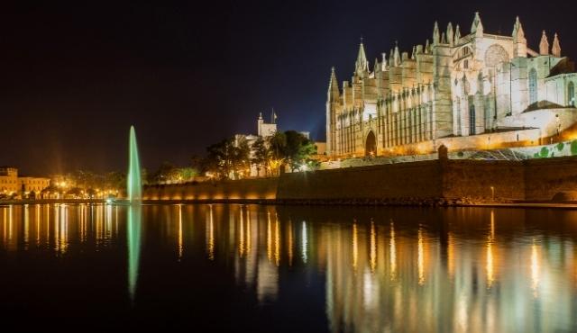 palma de mallorca, cathedral, night, fountain, lights