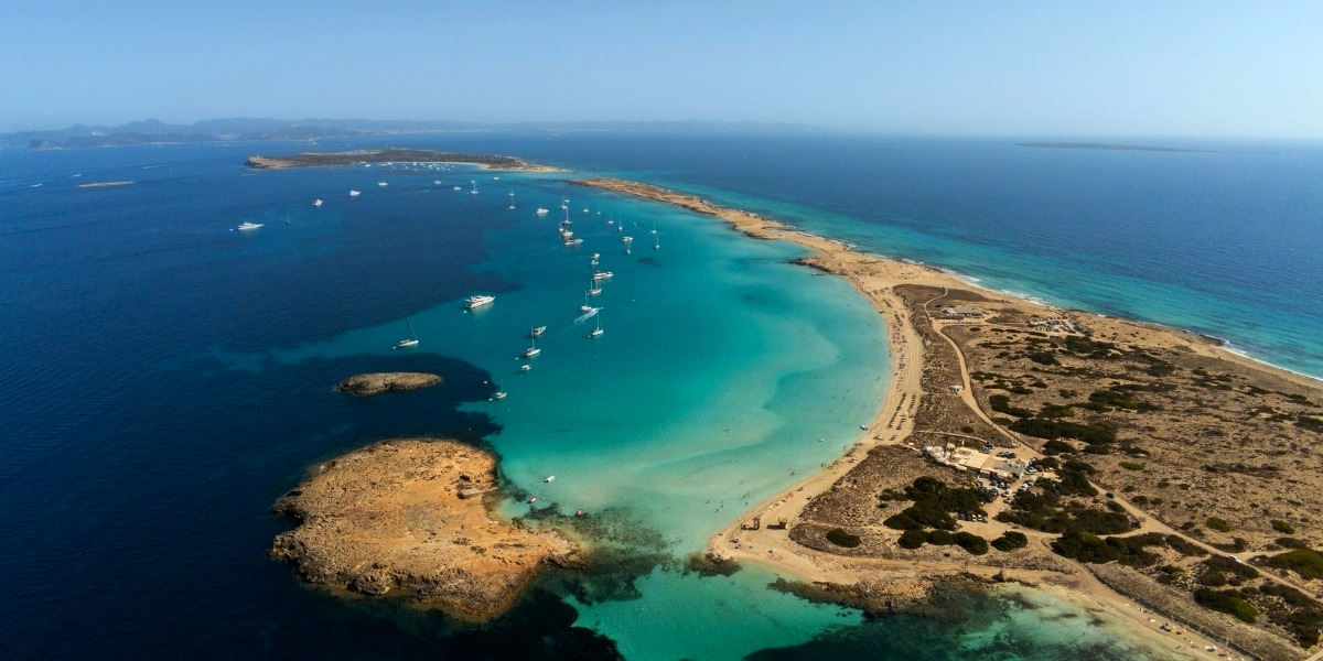 Complete guide to island hopping in the Balearic Islands
