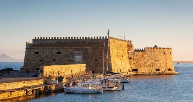 Крепостта в Ираклио на остров Крит