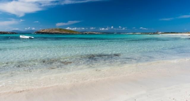 the sandy beach Illetes in Formentera