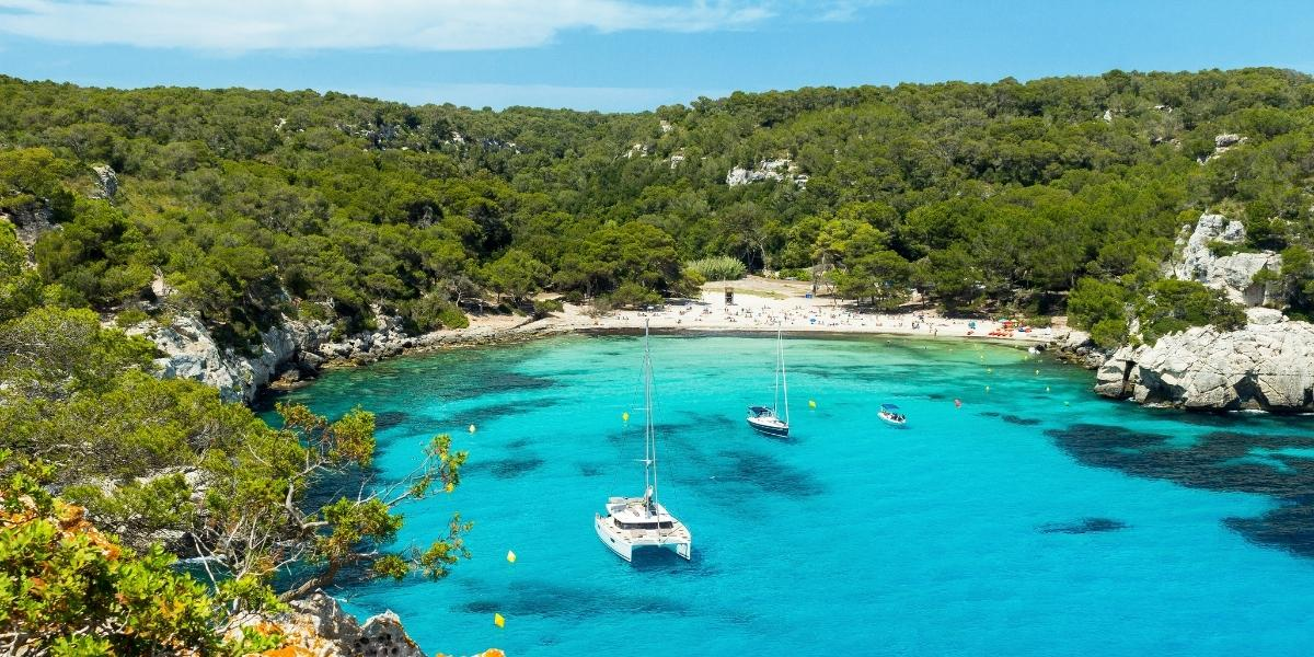 How to get to Menorca in 2021