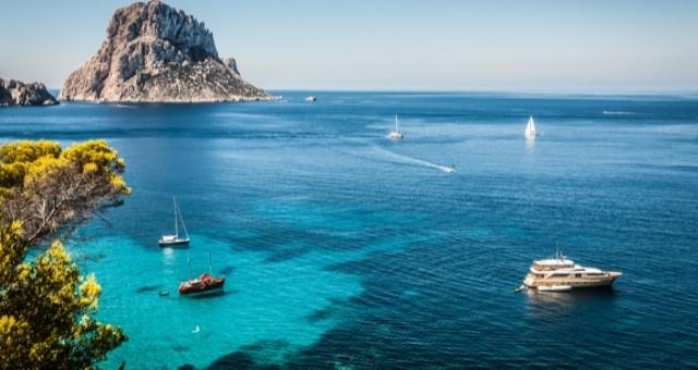 Vista desde Cala d'Hort, Ibiza
