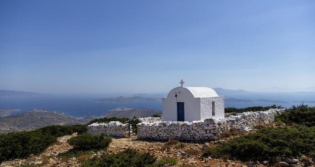 Cycladic chapel in Iraklia