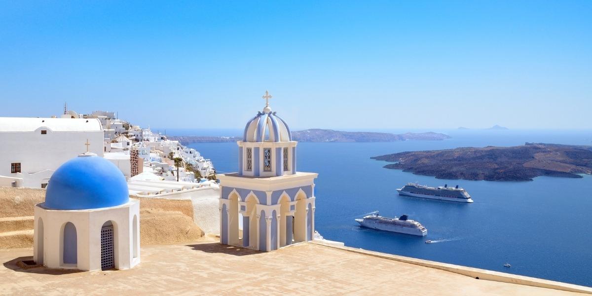 Ferries departing from Santorini