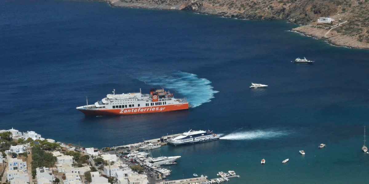 port, ferry, orange, boats, sea