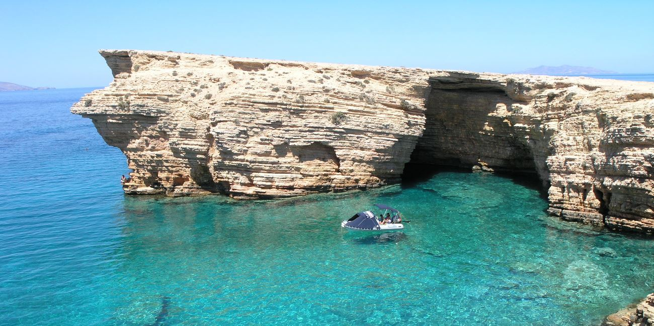 Turquoise sea and coves in Koufonisia, boat trip, ferry tickets to Small Cyclades