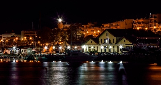 λιμάνι Αλεξανδρούπολης, βράδυ, φώτα, θάλασσα, καραβάκια