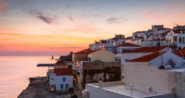 Sonnenuntergang über Andros