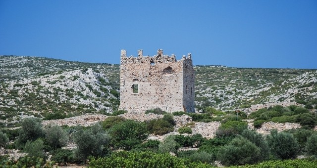 stone ruins of Chios castle