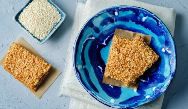 "The traditional Greek sweet ""pasteli"" made with honey and sesame"