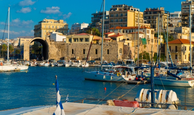port of Heraklions, sailing boats, venetian fortress, vacations in Crete, ferry tickets
