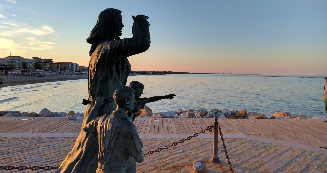 Statue on the promenade of Cesenatico, port in Italy, ferry routes to the Croatian islands, ferry crossing the Adriatic Sea
