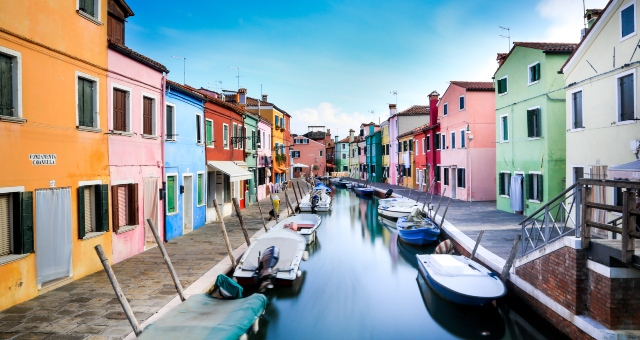 Bright colour houses in Burano, island in Venice, lagoon, daytrip, holidays in Italy, ferry tickets