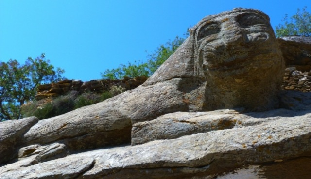 The Lion of Kea: a stone sculpture from 600 BCE