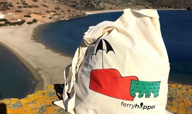 Ferryhopper at the beach of Kolona in Kythnos