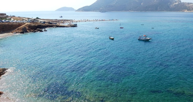 Kythnos beach, seabed, sea, boats, houses, islands