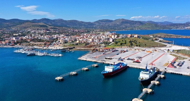 the port of lavrio, blue sea, ferries, mountain, ferry tickets to Kea