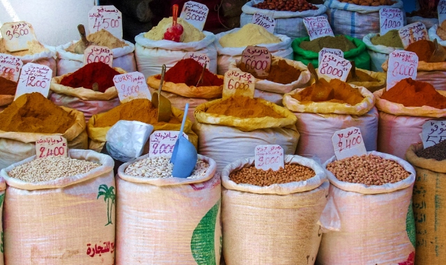 nador, market, sacks, bags, spices, colorful, legumes, souq