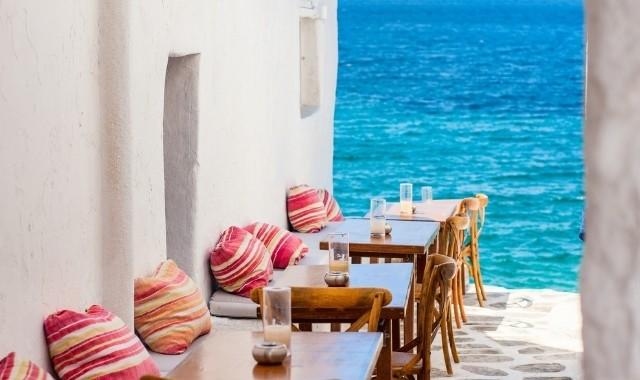 Cafe in Mykonos