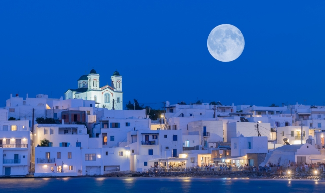 Naoussa, Paroikia, Paros by night, white houses, full moon, ferry trips