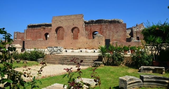 Ancient Roman Odeon, Patras, sightseeing, stairs, plants, ruins