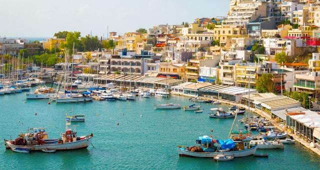 sailing boats, restaurants, waterfront, houses, hotels, fishing