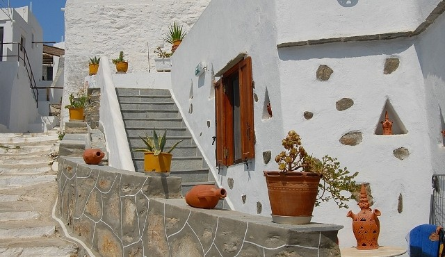 Traditional house at the village of Kastro
