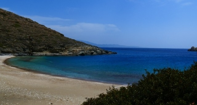 Agios Georgios beach in Sikinos