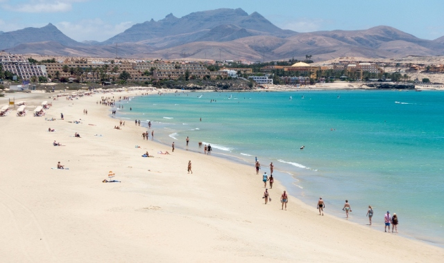 Beach, Sea, Buildings, Mountain, Holidays, Lanzarote, Fuerteventura, Ferry tickets