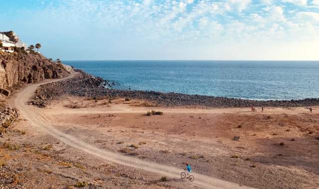 gran canaria, cycling, off-road bike, seaside route, canary islands, sunny day, dirt
