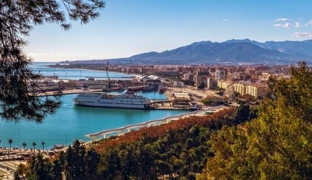 Der Hafen von Málaga, Spanien