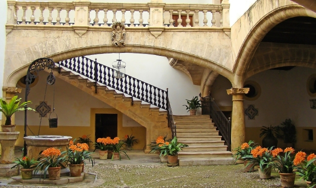 House, plants, decoration, traditional architecture, Mallorca, Balearic islands