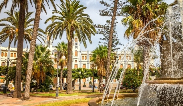 melilla, plaza de espana, central square, palm trees, fountain, historical buildings