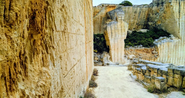 menorca, stone carving, lithica quarry of s'hostal, sculpture, rocks