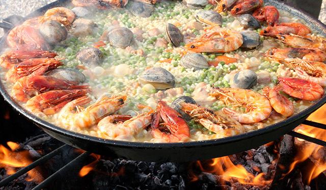 La paella tradicional de Valencia