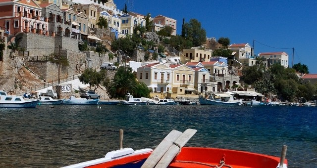 port and architecture of Symi